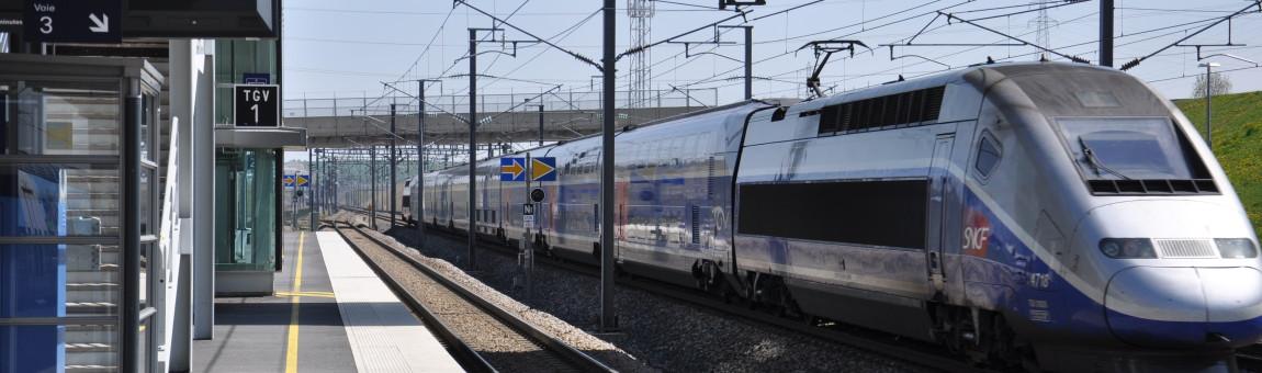 Hospodářské noviny: některé firmy českého železničního průmyslu mohou mít zájem na pomalejší železnici